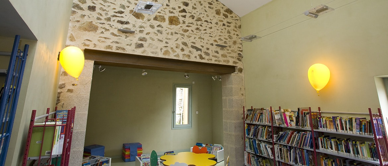 Bibliothèque à Bujaleuf (87)_7