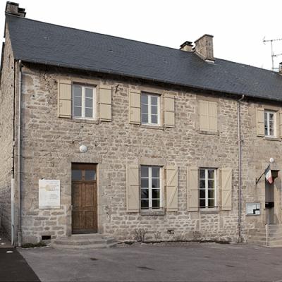Mairie de Beaumont du Lac (87)