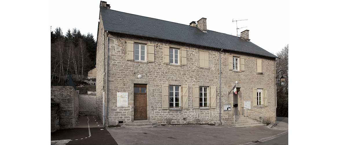 Mairie de Beaumont du Lac (87)_4